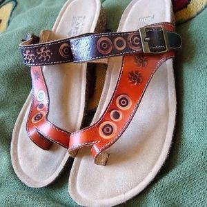 vtg nwot L'ARTISTE Leather Stamped Sandles